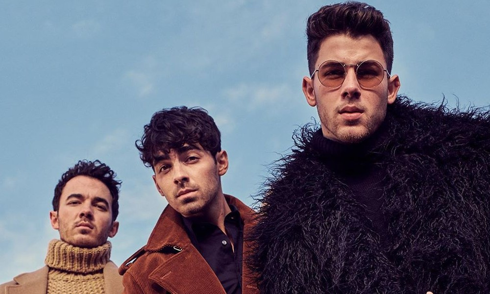 Jonas brothers happiness begins style rave